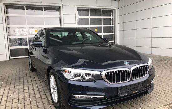 BMW 520i (G30)